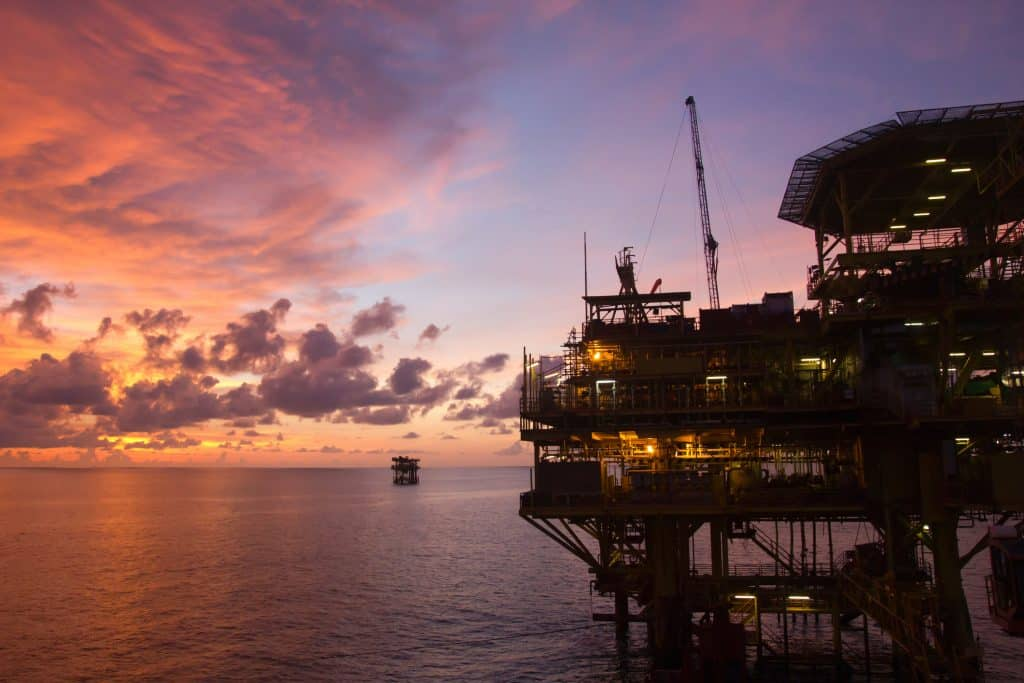 8 Key Digital Transformations in the Oil & Gas Industry - Cubility
